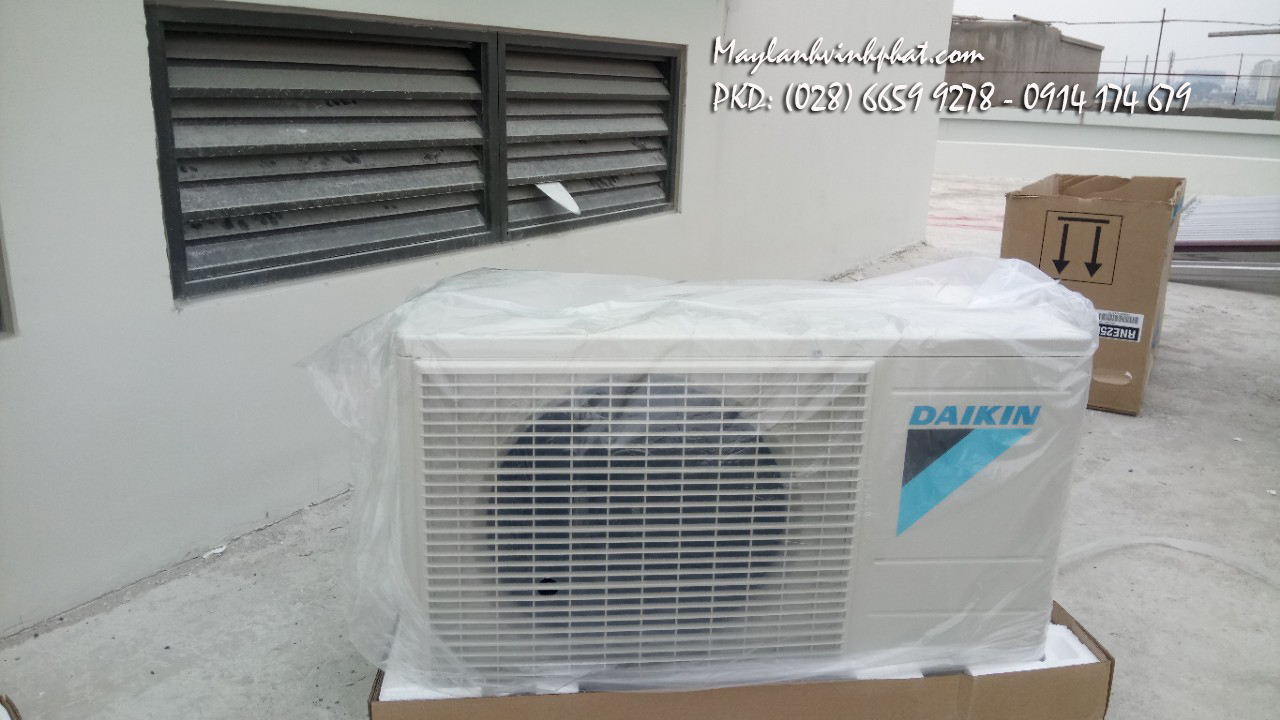 Lắp máy lạnh treo tường DAIKIN 8