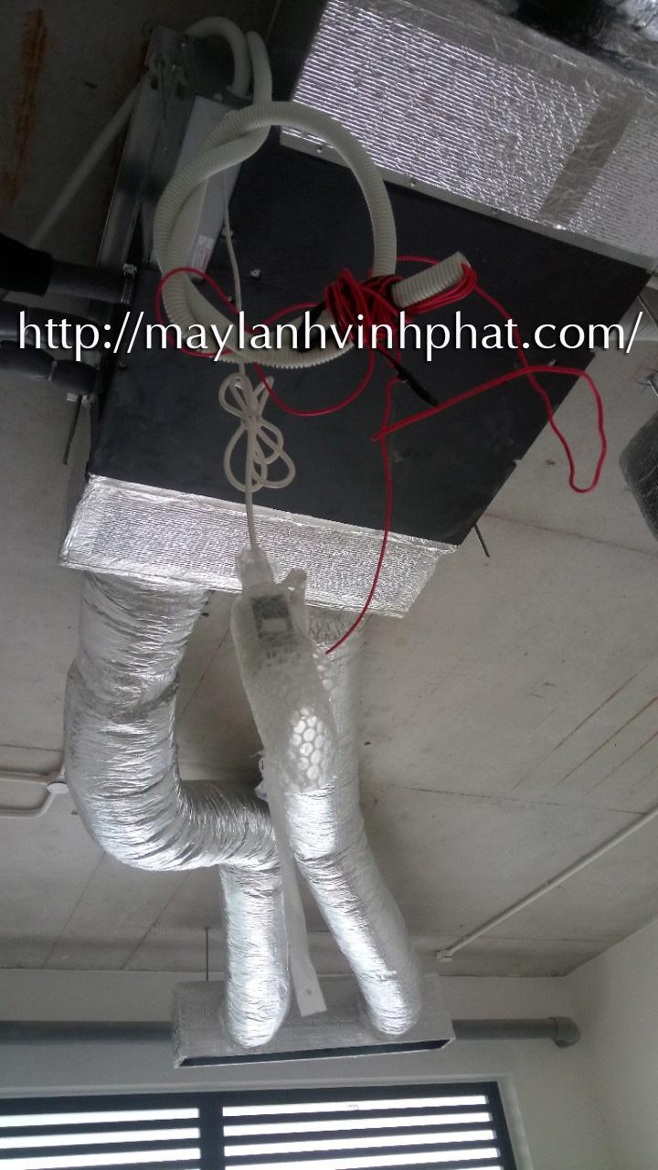 Lắp máy lạnh giấu trần nối ống gió DAIKIN tại Lucasta - quận 9 (43)
