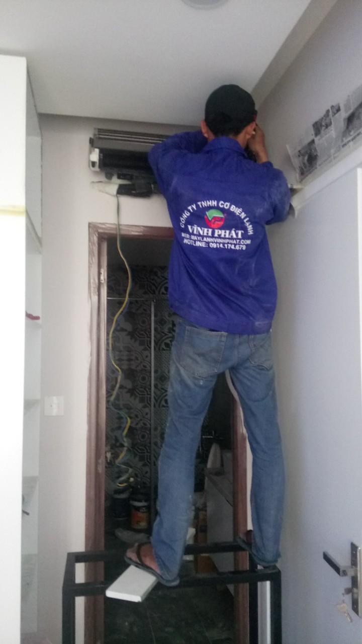 Lắp máy lạnh treo tường TOSHIBA - Tân Phú (5)