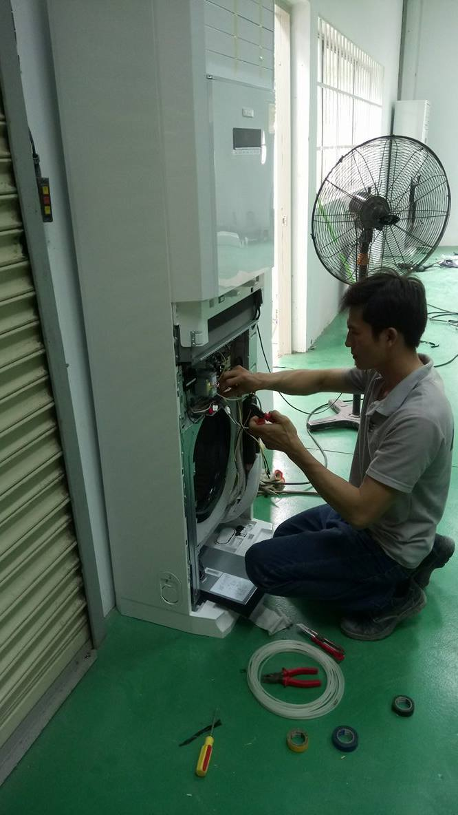 Lắp máy lạnh tủ đứng GREE 8